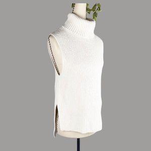 UNIQLO Knit Sleeveless Top White Wool Turtleneck